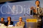 Un estudio determina que el uso de la lengua de signos fomenta la lectura en adolescentes sordos. (icndiario.com)