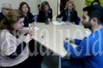 El PP denuncia que el impago de la Junta asfixia a las asociaciones de personas sordas. (andaluciainformacion.es)