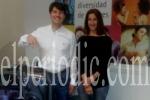 Marcos Sanchis graba un mensaje de invitación en lengua de signos. (elperiodic.com)
