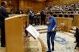 La senadora sorda de Podemos ya ocupa su asiento en la Cámara Alta. (abc.es)