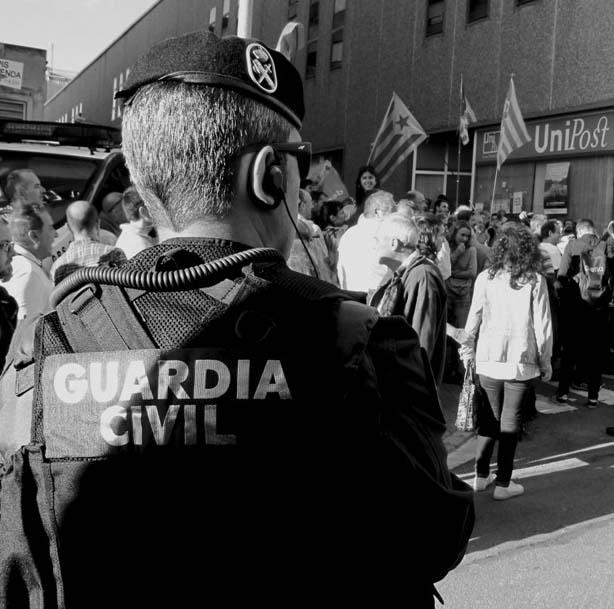 La Guardia Civil registra Unipost en Terrassa por el referéndum del 1-O. (lescroniques.com)