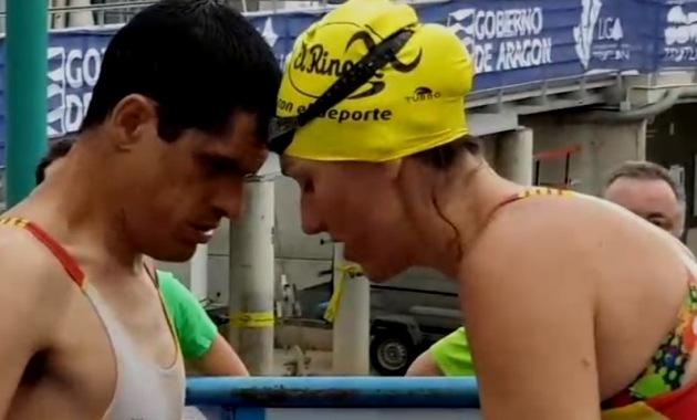 El sueño de Jorge ya es realidad, primera persona sordociega en terminar un triatlón. (Ana García/ planetatriatlon.com)