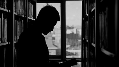 Los sordos no quieren libros rotos (Juan Cruz / elpais.com)