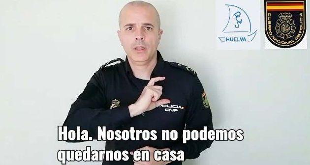 """La Policía Nacional lanza un mensaje en lengua de signos: """"Quédate en casa"""". (tododisca.com)"""