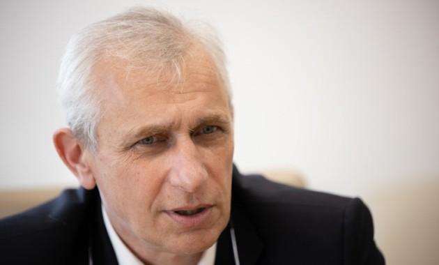"""Carlos García Pont: """"Ningú sap què passarà demà, però cal tenir clars els valors"""". (alcaldes.eu / AMIC)"""