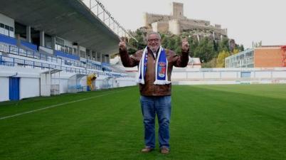 El ejemplo de Juan Sánchez, el único presidente sordo del fútbol español. (abc.es)