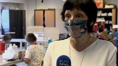 Una empresa belga se reinventa fabricando mascarillas transparentes para sordos. (es.euronews.com)