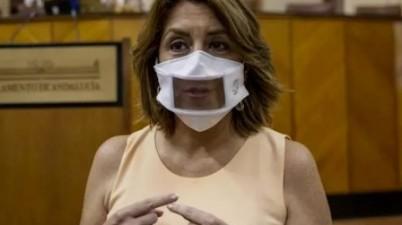 Susana Díaz pide a la Junta que atienda las necesidades de las personas sordas con las mascarillas transparentes. MARÍA JOSÉ LÓPEZ (EUROPA PRESS)