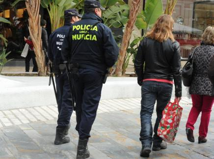 La Policia de Múrcia alerta que torna l'estafa dels sords. (laopiniondemurcia.es)