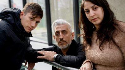 Personas sordas violadas por sacerdotes en Argentina piden audiencia con el papa. (Fabrice Coffrini / AFP)