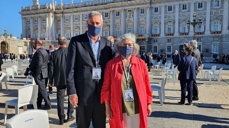 Encarna y Amado, la pareja sorda invitada al Homenaje de Estado como ejemplo en la lucha contra el coronavirus. (eldiario.es)