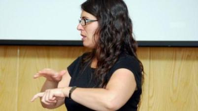 La ley del Cine incentivará las creaciones audiovisuales en lengua de signos. (servimedia.es)