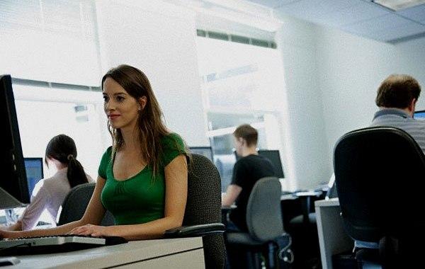 Fer públics els salaris per a acabar amb la bretxa salarial de gènere. (Tecnonews / AMIC)