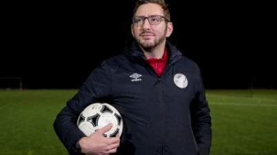Ben Lampert: la sordera no es un obstáculo para ser entrenador de fútbol. (deportes.canalrcn.com)