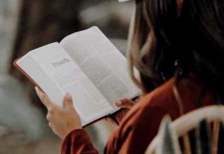 ¿Es posible aprender a leer sin oír?. (theconversation.com)