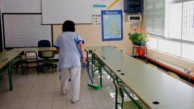Sindicatos denuncian ante Inspección la falta de medidas de seguridad para el personal no docente. (lavozdegalicia.es)