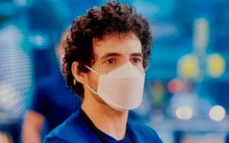 Apple ha diseñado su propia mascarilla para que sus empleados se protejan del coronavirus. (20minutos.es)