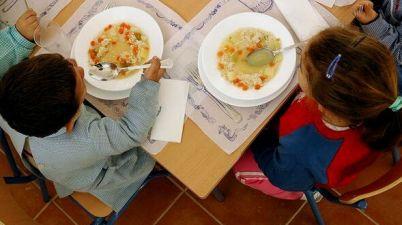 Denuncian la ausencia de pruebas Covid a monitores de aula matinal y comedores escolares. (diariodecadiz.es)