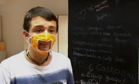 Les mascaretes transparents, imprescindibles per a l'alumnat sord. (ccma.cat)