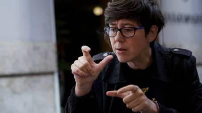 Unides Podem pide eliminar el requisito lingüístico a las personas sordas en la Ley de Función Pública. (valenciaplaza.com)