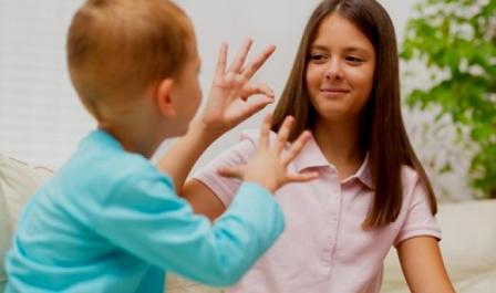 Deaf.land elimina las barreras de comunicación a las que se enfrentan las personas sordas. (gndiario.com)