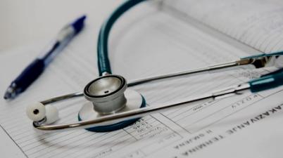 """""""Nos preocupa no acceder en condiciones de igualdad a la atención hospitalaria y que con ello nuestra salud y nuestra vida peligren"""". (que.es)"""