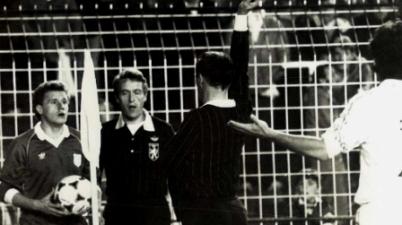 """El exjugador sordo expulsado en el Bernabéu por protestar: """"El árbitro decidió robarnos, todavía hoy no lo entiendo"""". (marca.com)"""