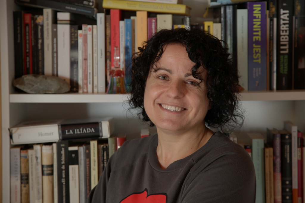 """Núria Busquet: """"La imposició de separar-nos durant la covid és molt perillosa: tancar-te en la teva bombolla, no sentir altres opinions, és la base del feixisme"""". (Clack - AMIC)"""