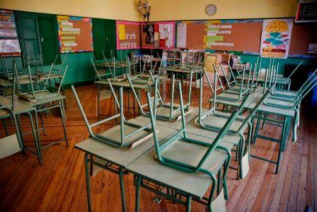 """""""Educación impide al alumnado sordo acceder al contenido educativo"""". (elfarodemelilla.es)"""