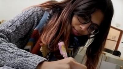 Lucía Espejo, primera alumna de la UCO en defender un TFM íntegramente en lengua de signos. (cordopolis.es)