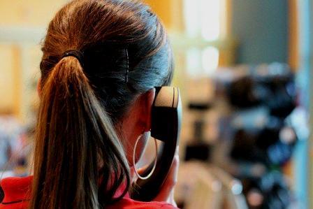 Movistar incorpora la lengua de signos a su servicio de atención al cliente. (servimedia.es)