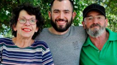 Una familia sorda de Santiago, finalista al premio del público de Youtubeir@s. (lavozdegalicia.es)